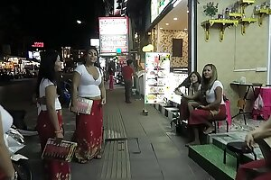 Asia Bang-out Tourist - 4 Things Only INSIDERS KNOW