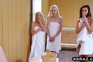 Trio nubile bombshells share a rigid monstercock in a sauna