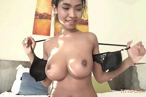Jizzing Inwards a Girl With Big Natural Chinese Boobs