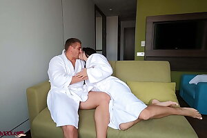Babe Came Out of the Shower and Got Fucked Doggystyle